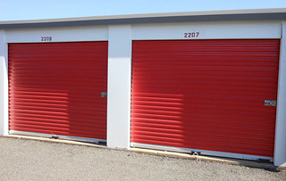 Self storage units in rockville