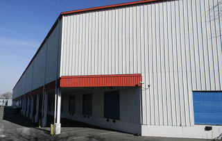 Alexandria self storage building exterior