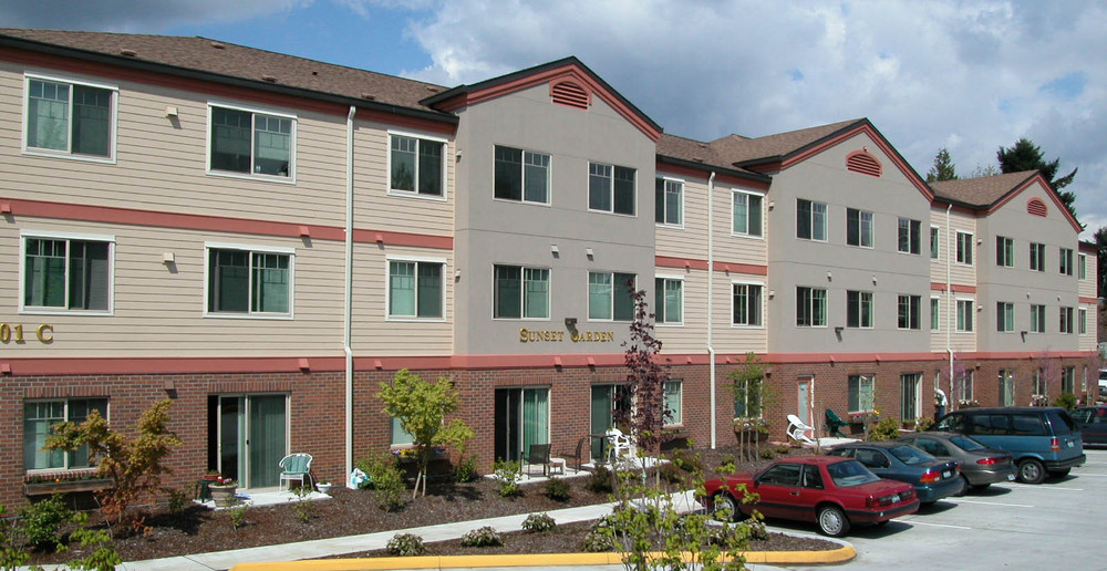 Apartment building in puyallup