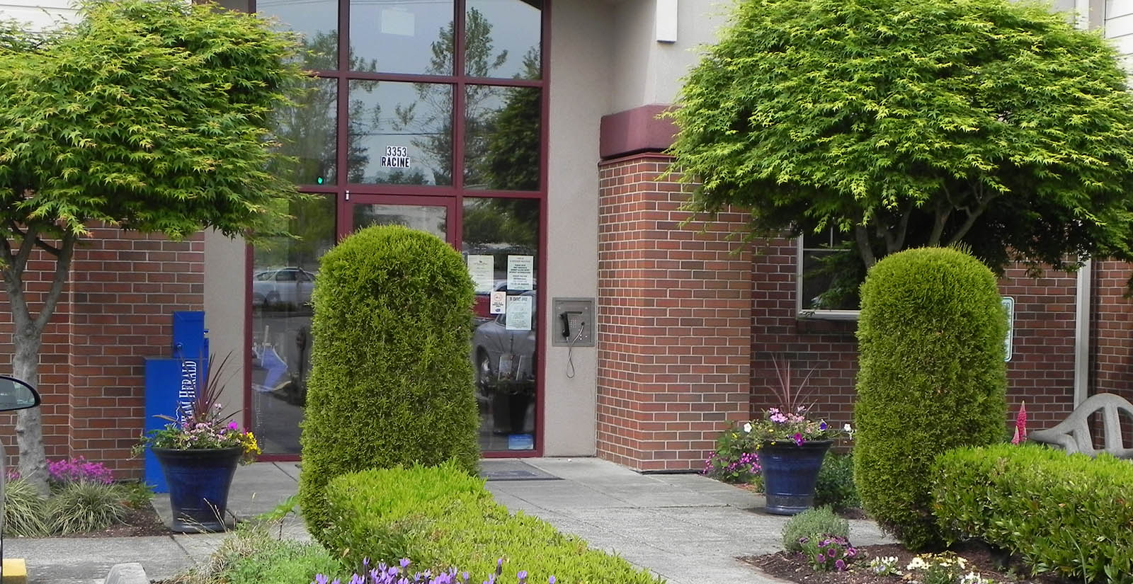 Apartment senior living building in bellingham