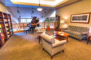 Pearl parlor at vancouver senior living