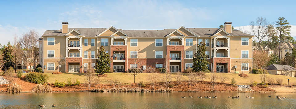 Lakeside apartments in raleigh