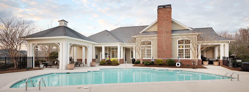 Luxury swimming pool at raleigh apartments