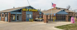 Gladstone self storage gated entrance