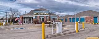 Denver self storage sells boxes