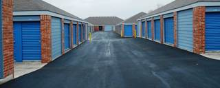 Drive up units at san antonio self storage