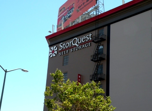 Storquest self storage in oakland san pablo 1