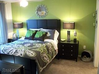 Apartments in north richland hills model master bedroom