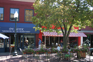 Sioux falls senior living nearby outdoor cafe