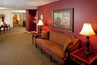 Sioux falls senior living with furnished hallways