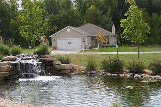 Appleton senior living landscaped yard
