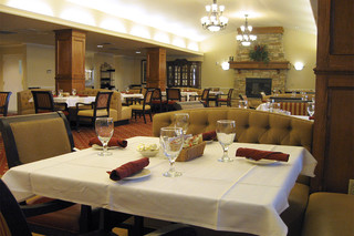 Fine dining is available at our edmond senior living
