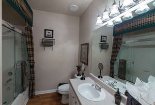 B2 model master bathroom