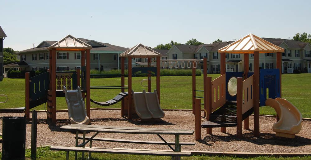 Play yard elkton