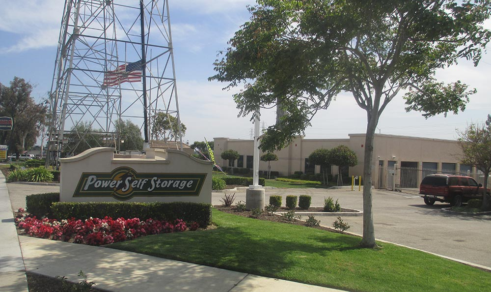 Ventura storage entrance sign