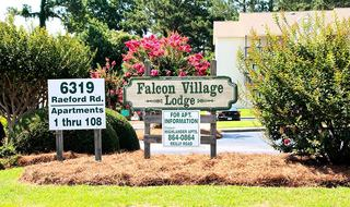 Sign to Fayetteville apartments