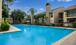 Houston apartments with a swimming pool