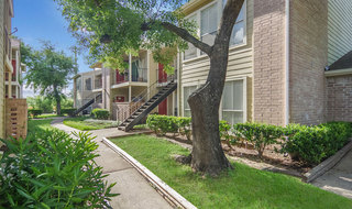 Apartments in houston with private patios