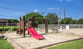 Houston apartments with a playground