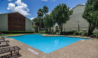 Pool at houston apartments