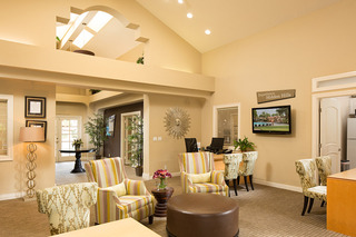 Lounge at apartments in Laguna Niguel