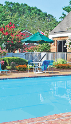 Richmond va apartments for rent london towne - Apartments with swimming pool london ...