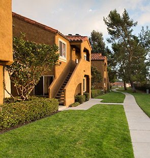 Exterior of Laguna Niguel apartments