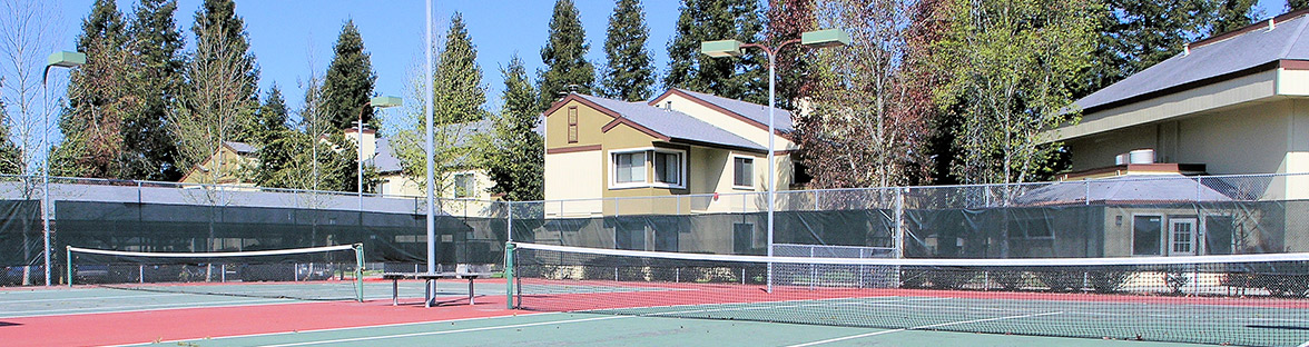 Tennis courts at apartments in Rohnert Park