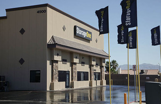 Self storage in north las vegas building exterior