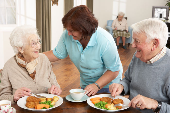 Assisted living dining at The Birches at Arbour Square