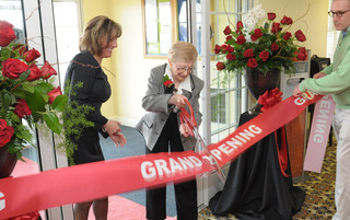 Grand opening in Newtown senior living