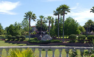 Information about the neighborhood surrounding our Lake Mary apartments