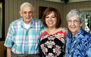 Employees and residents enjoy eachother at the senior living in Lynchburg