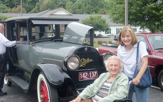 Lynchburg senior living family vistiting residents