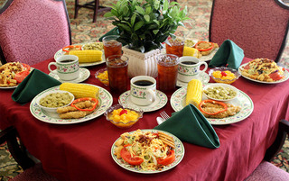 Senior living in Lynchburg has full course meals