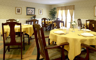 Senior living in Weatherly has modern dining rooms
