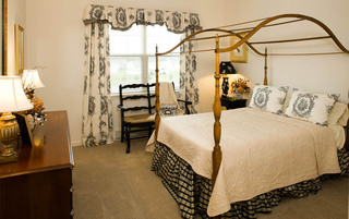 Palmyra senior living has spacious bedrooms