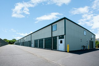Exterior w long branch storage units