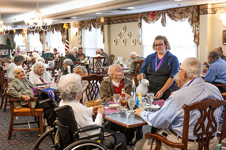 Dining at Heritage Senior Living
