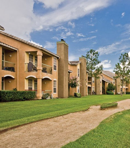 Photos Of Our Houston-Baytown Apartments In League City