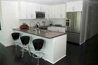 Kitchen floor plan at apartments in los angeles
