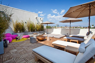 6 glendale outdoor lounge