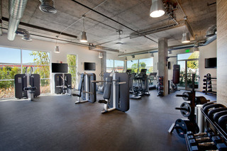 18 glendale large workout facility