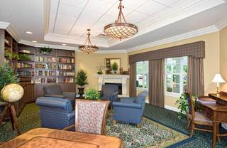 Quiet reading room at senior living in lakeland