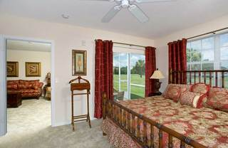 Apartments in lakeland with large floor plan