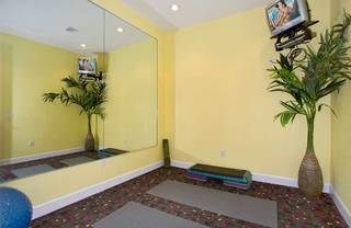Fitness room at lakeland apartments