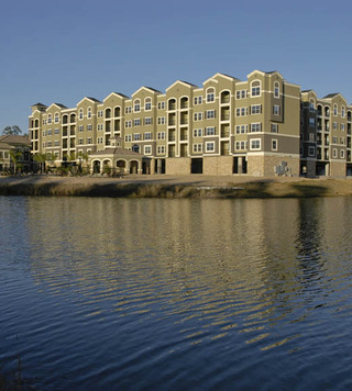 Lake view luxury apartments texas