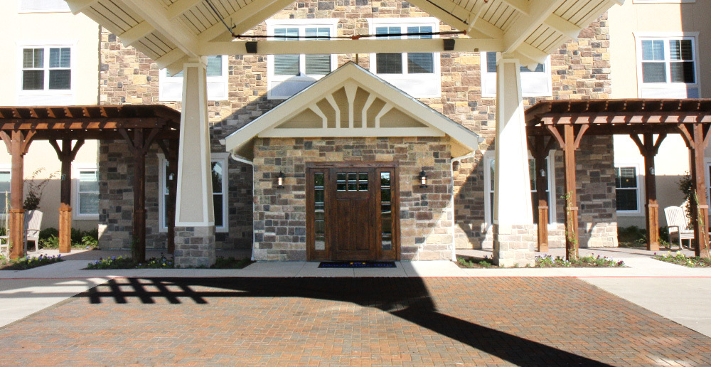 Assisted living in irving texas front entrance