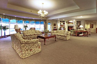 Senior living facility lounge in manchester center