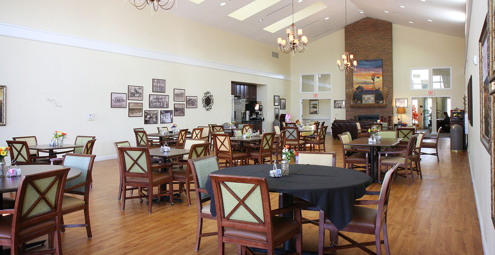 Assisted living in forney texas dining